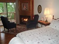 RM 10 King Room with fireplace