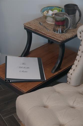 Gallery Image guestbooksidetable.jpg