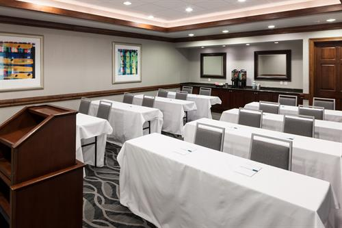 The Redbud Room is our second largest meeting space, accommodating 24-30 guests