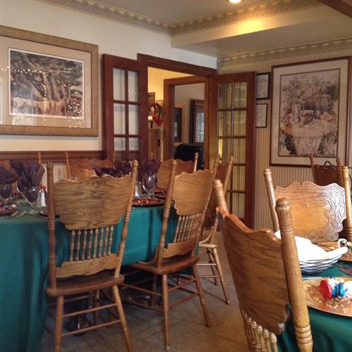 Gallery Image DiningRoom120915_II.jpg
