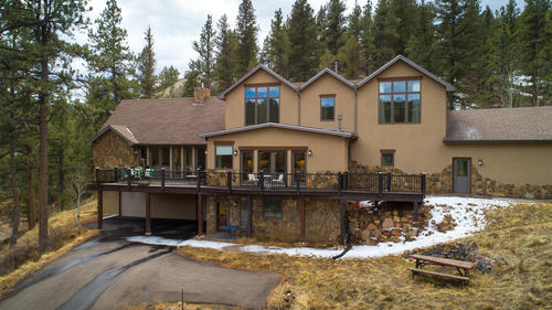 15541 S. Elk Creek Road Pine