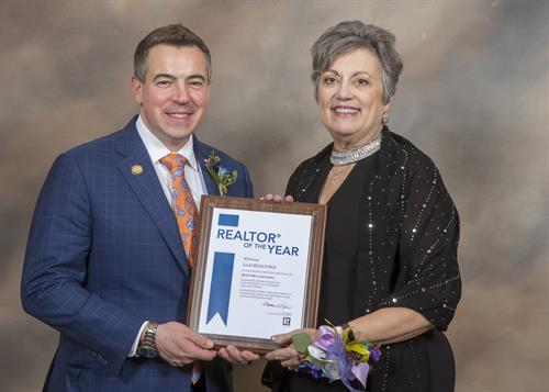 Matt Difanis, 2018 Illinois Realtors® and Crystal Lilley, 2018 Realtor of the Year
