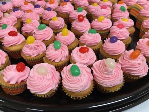Gallery Image cupcakes_2.jpg
