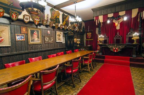 See the mystrious Schlaraffia Room form the German-speaking society founded in Prague
