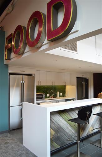 Gallery Image SLS_Kitchen.jpg