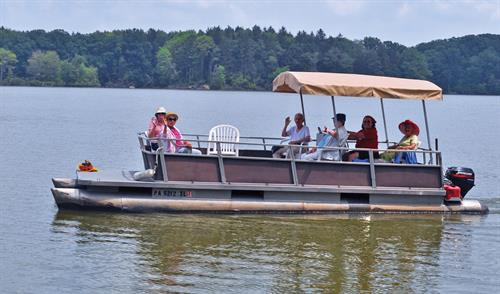 Cribbs Residents out for a boat ride at Pymatuning Lake