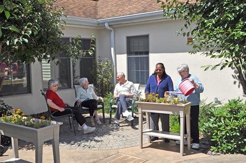 Memory Support Courtyard at GRHC