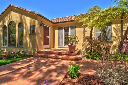 Another sale in Culver City on Braddock Dr.