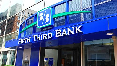 Gallery Image fifth-third-bank_1200xx1360-765-0-73.jpg