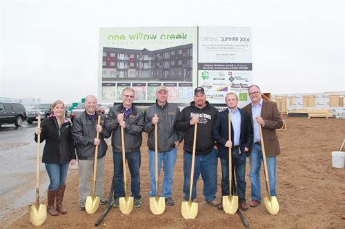 Gallery Image ground_breaking_OWC_084.JPG
