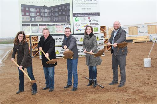 Gallery Image ground_breaking_OWC_099.JPG