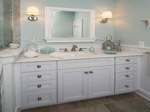 Custom Kitchen and Bath Design and Cabinetry