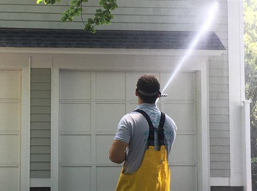 RI No-Pressure Roof Cleaning