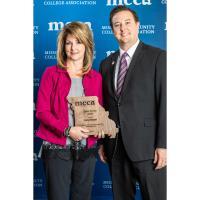 Henson Receives Senior Service Award