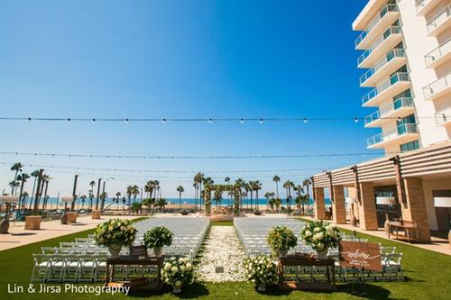 Gallery Image 99692-0144-RA-Pasea-Hotel-Huntington-Beach-CA-Wedding-Photography_-_Copy.jpeg