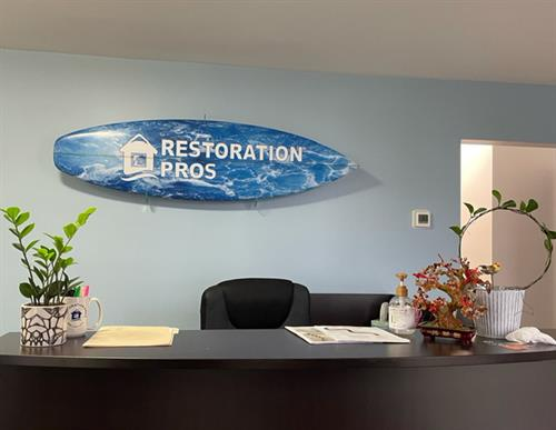 Gallery Image front_office_surf_board_.JPG