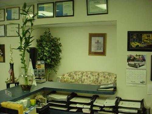 Gallery Image 960849_WESTIMAGESreceptionwaitingroom(1).JPG