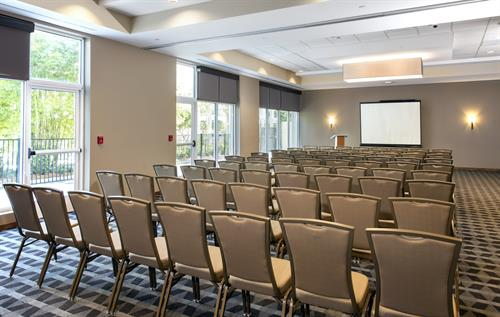 1,500 square feet of flexible meeting and event space at TownePlace Suites