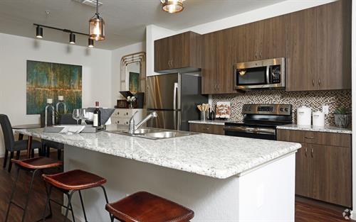 Gallery Image model_kitchen.jpg