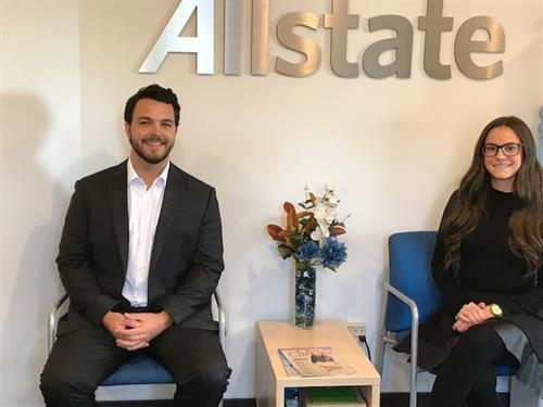 Meet our Sales Agents : Mike Hurl & Brittany Lee-Elliott