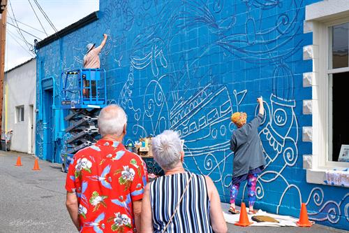 Art Walk Edmonds, through its Mural Project Edmonds committee, also installs high quality murals in the downtown corem