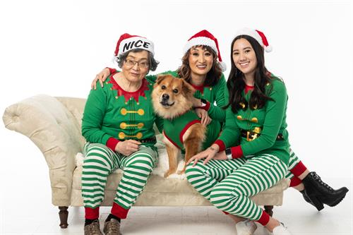 Holiday family photos in the Edmonds portrait studio
