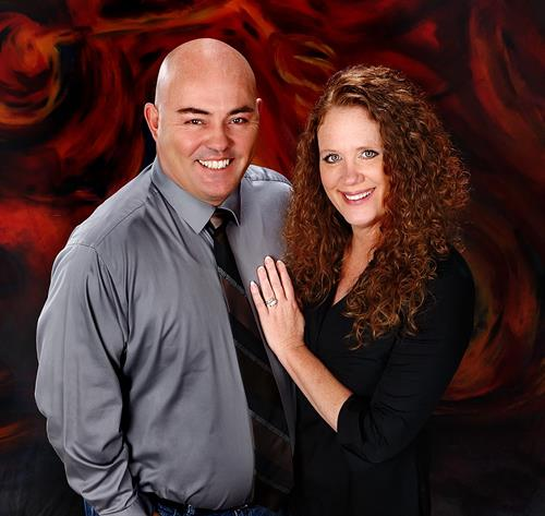 Gallery Image Charles_and_Carolyn_Profile_Pic_cropped.jpg
