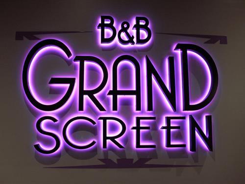 B&B Theatres Ozark/Nixa 12 Grand Screen