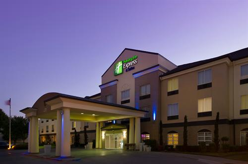 Holiday Inn Express & Suites DFW Grapevine- Exterior