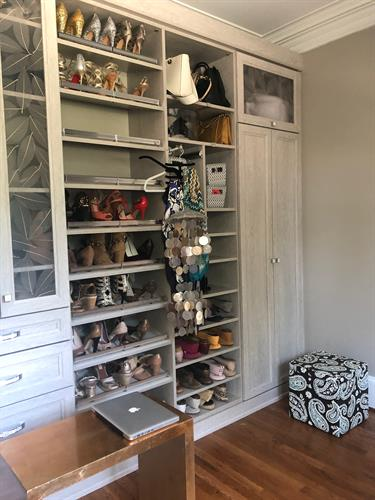 Accessories closet AFTER
