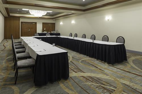Corporate meetings and events have all their business needs satisfied.