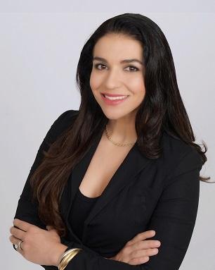 Dr. Larissa Rolim