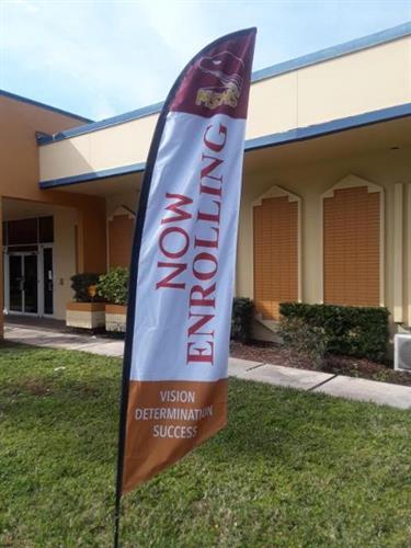 Main Street High School Feather Flag