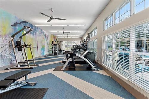 Get in that daily work out in our clean, state-of-the-art fitness center!