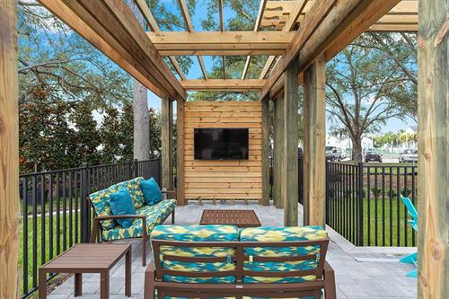Enjoy that Florida sunset while you relax in our outdoor lounge featuring fire pits!