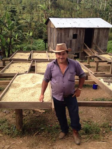 We work Direct Trade with small farmers, like Don Isidro in Nicaragua, who are as passionate about growing as we are about roasting