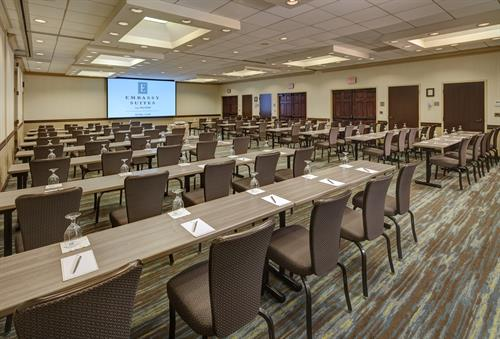Host your next meeting and let our events team provide you with a great hotel and meeting experience