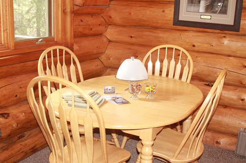Wolf Cabin, Dining Area