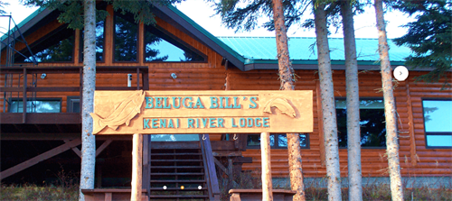 Riverfront lodge with 3 suites