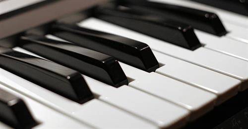 Gallery Image how-many-keys-piano.jpg