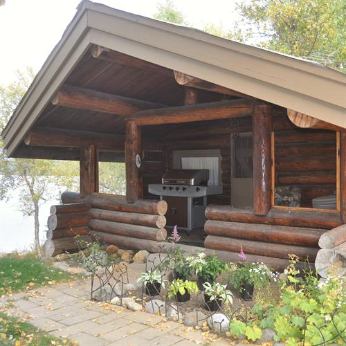 Oldtimer Cabin with lake view - 1 bedroom, full kitchen