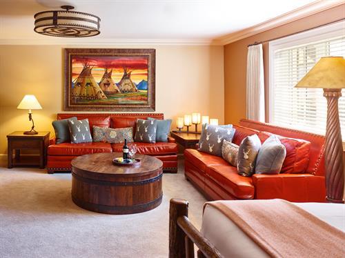 Jr. King Suite
