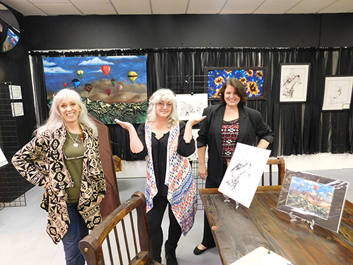Amazing volunteer artists; Lisa Bower, Robin Cox, Anglea Stout