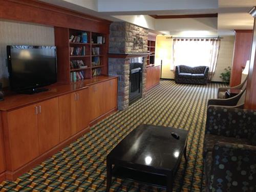 2nd Floor Library/Lounge