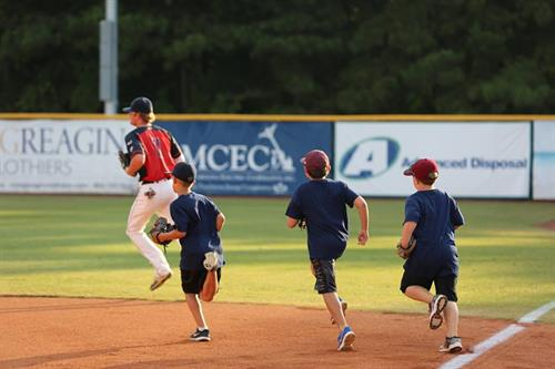 Wednesday Games: Kids Wednesday - Kids run bases after the game!