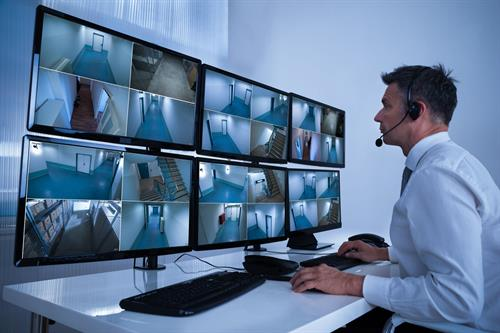Gallery Image security_camera_monitors.jpg