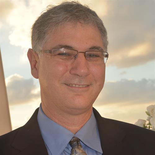 Amir Mushkat - President