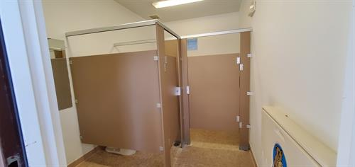 Partition stall walls up..