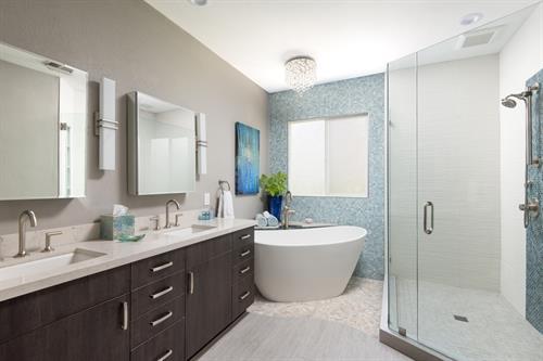 Gallery Image Master_Bathroom_Remodel_in_San_Marcos.jpg
