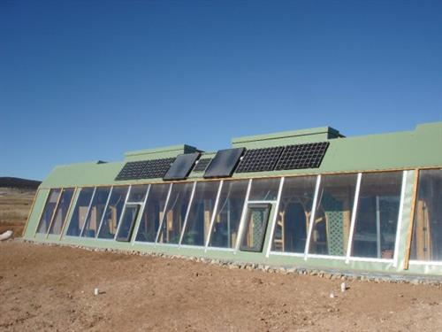 Off-grid solar for a local earthship
